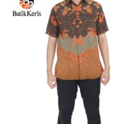 kemeja formal batik keris motif peksi suci hitam orange