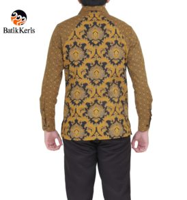kemeja slimfit batik keris lengan panjang motif bunga teratai komb tinoto