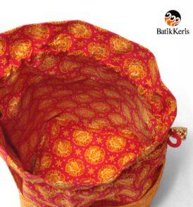 tas serut tipis motif wangi bunga