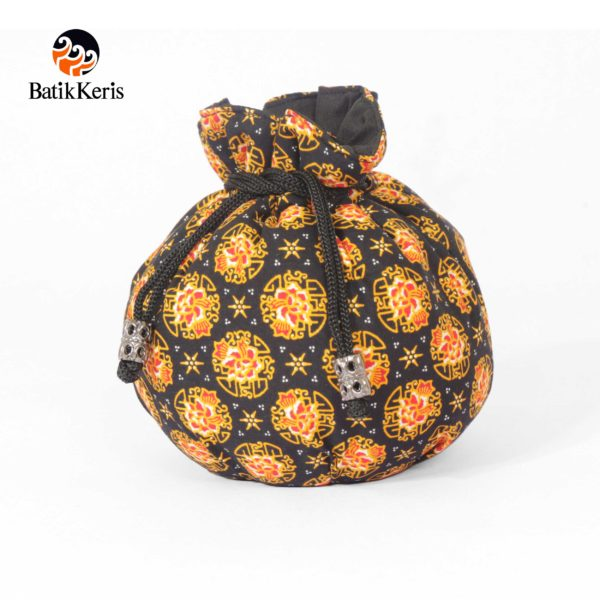 dompet serut bulat batik keris motif wangi bunga
