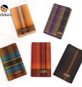 sarung batik keris motif garis